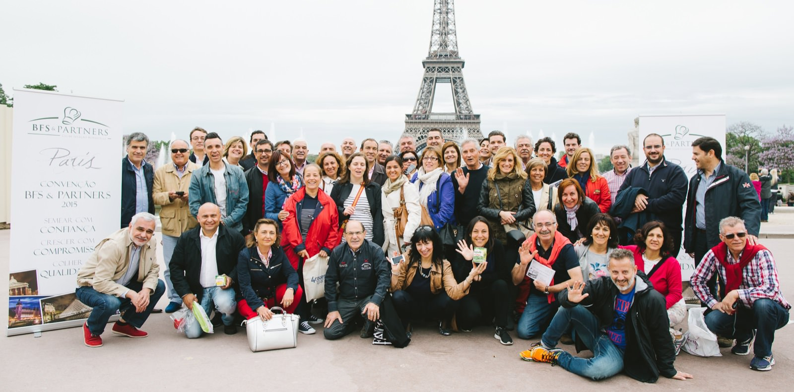 Photo de team building à Paris par Mardi Bleu – Agence de communication – photo & vidéo