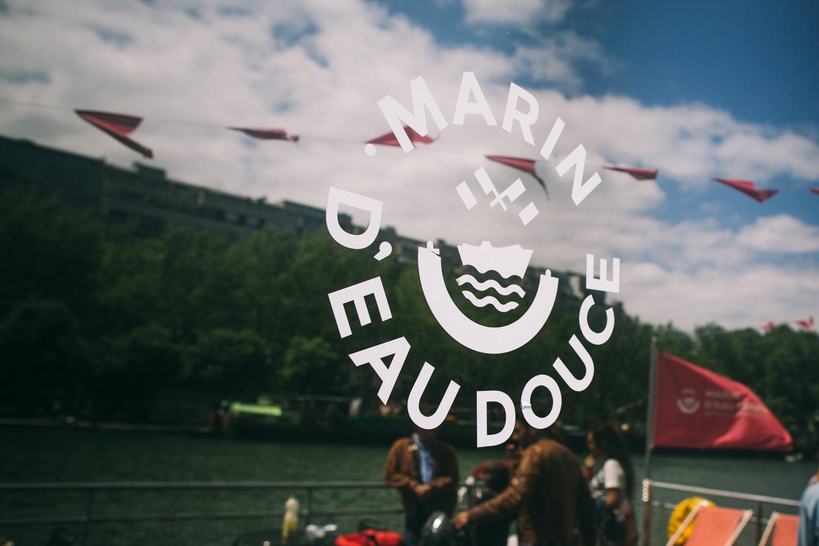photo des bateaux Marin d'eau douce par Mardi Bleu – Agence de communication – photo & vidéo