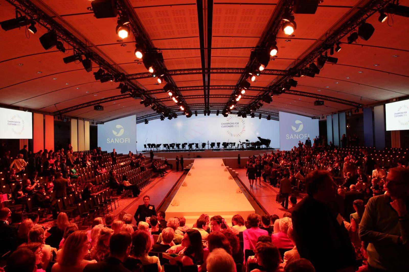 photo corporate Sanofi au Louvre par Mardi Bleu – Agence de communication – photo & vidéo